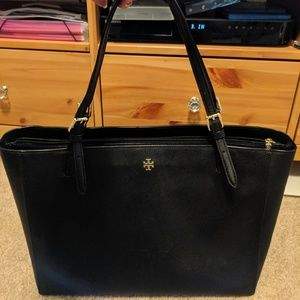 Tory Burch Emerson Buckle Large Tote